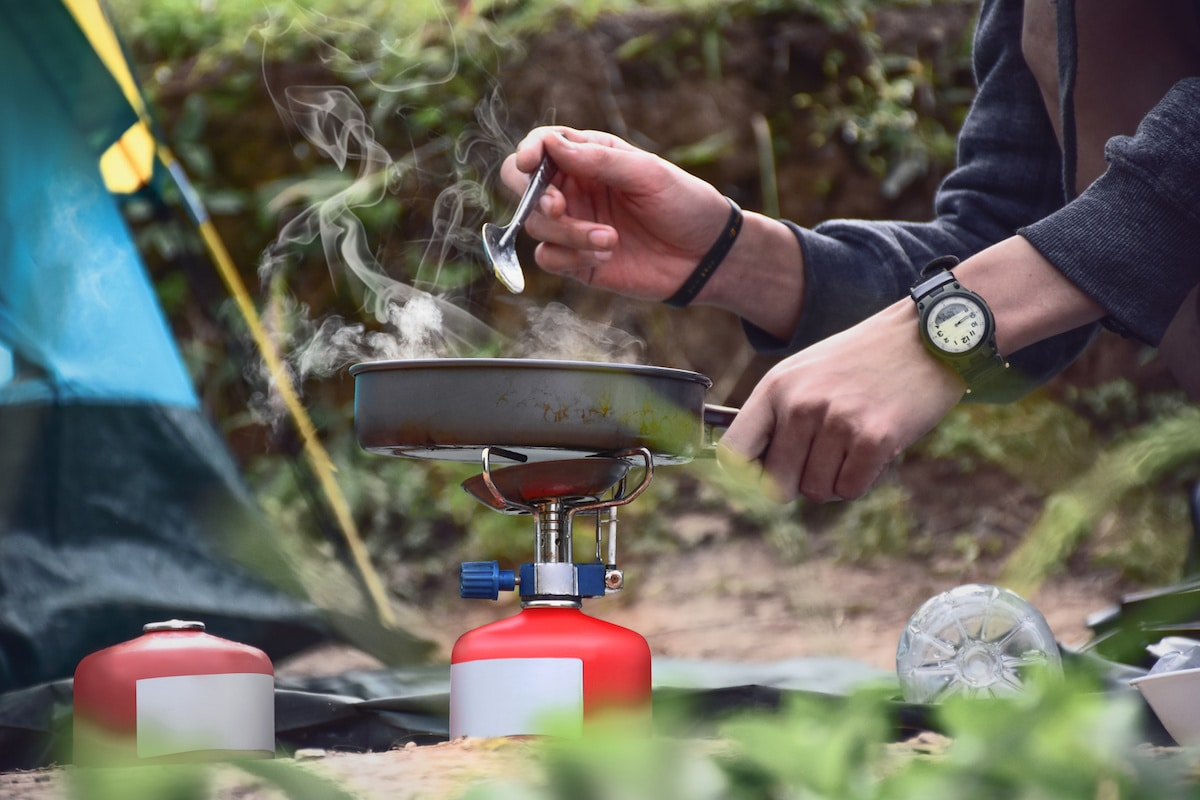 5 Must-Try Easy Campfire & Camping Cook Recipes