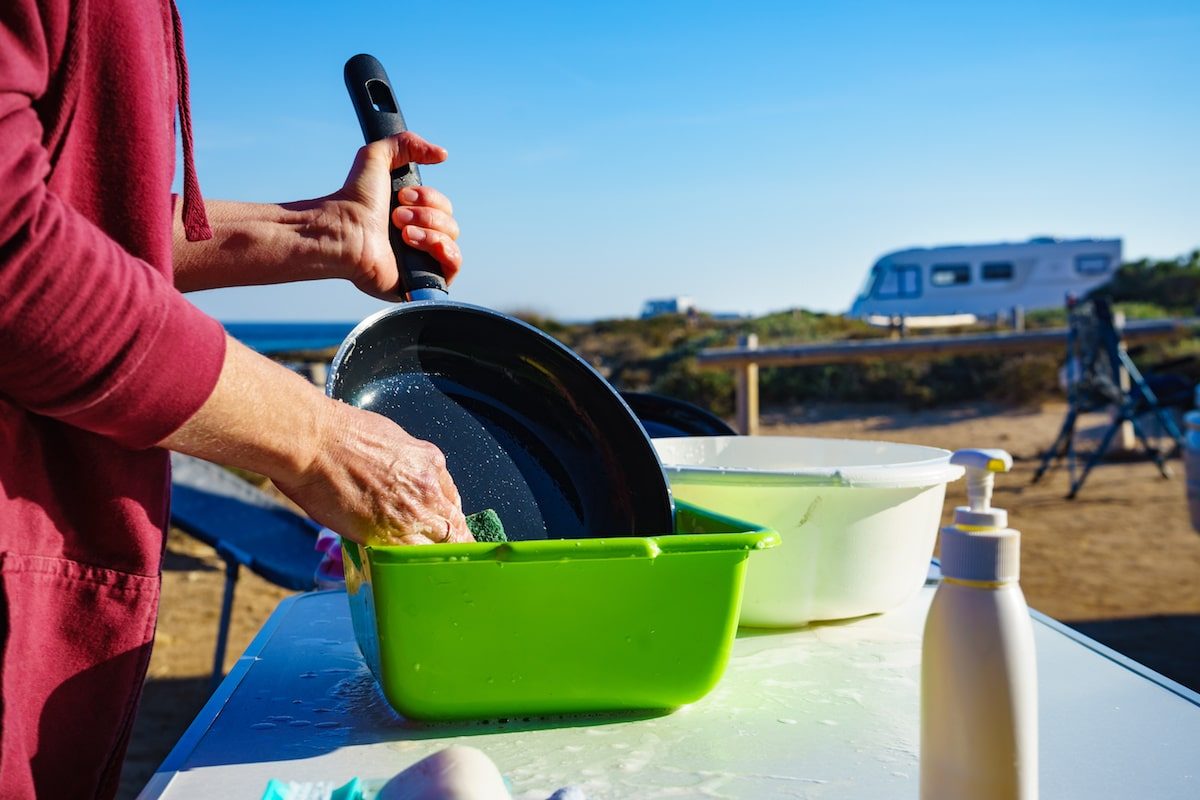 How to Clean Kitchen Camping Equipment Properly