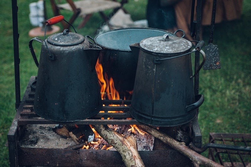 How to Choose the Right Camping Dishware